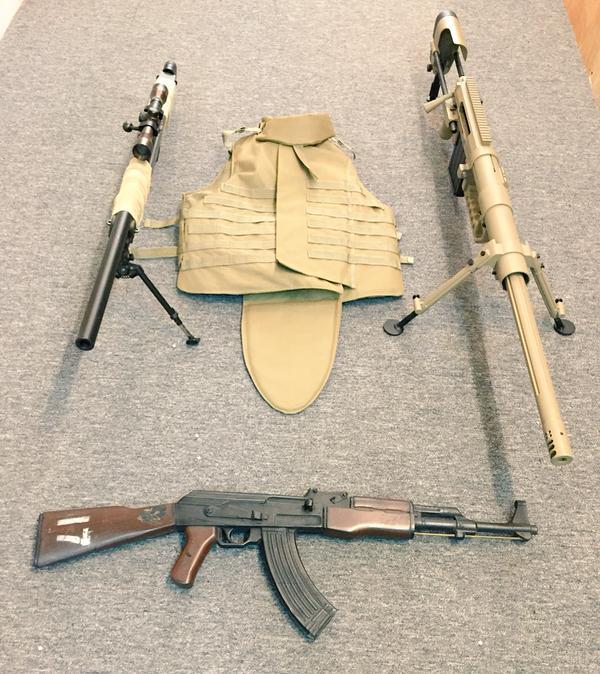 M.O.N.'s Guns