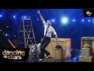 Derek Hough's Performance – Dancing with the Stars