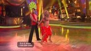 Erin Andrews & Maksim Chmerkovskiy - Samba - Week 10