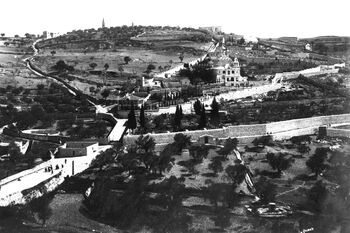VIEW OF THE MOUNT OF OLIVES IN JERUSALEM PHOTOGRAPHED DURING THE OTTOMAN ERA SHOWING THE CHURCH OF MARY MAGDALENA AND GETHSEMANE. צילום נוף כללי של הר הזיתים בירושלים, בתקופה (1)