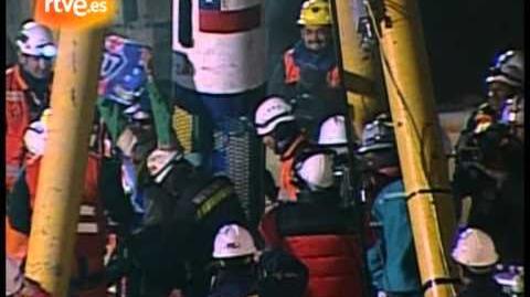 Chile_rescata_al_quinto_y_más_joven_de_los_mineros
