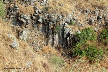 עמודי בזלת בנחל יבניאל 3