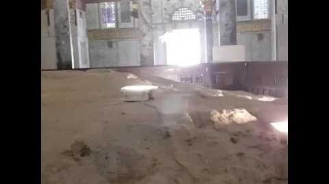 הר הבית . צילום אבן השתיה מקום בית המקדש-0