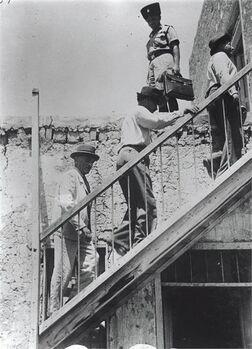 טירת צבי - המדרגות העולות לקומה השנייה של הבית הערבי בו התיישב הקיבוץ-JNF037173