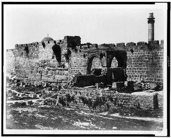 בנייה יהודית עתיקה חוץ של מגדל אנטוניה העתיקה - בית קברות