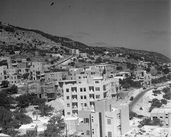 חיפה - מראה חיפה מעל הכרמל.-JNF043931