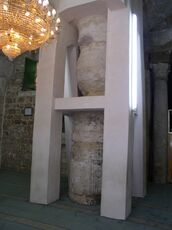 Large Pillar supporting arched tunnel. Note the original roman pillar and capital of the Double Gate ( to the right in the image