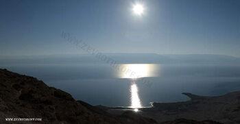 זריחה מעל ים המלח 2