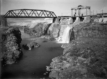 נהרים - מפעל רוטנברג, גשר הירמוך.-JNF044520