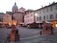 Reggio emilia piazza san prospero abside duomo