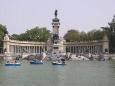 Retiro Park Alfonso XII Monument