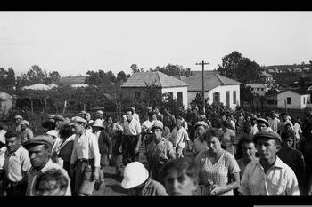 A DEMONSTRATION IN KFAR SABA, DEMANDING THE EMPLOYMENT OF JEWISH WORKERS. הפגנת פועלים יהודים למען עבודה עברית, ברחובות היישוב כפר סבא.