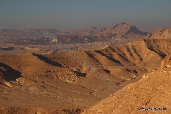 תצפית הר מרפק למערב באופק 866 והר פיטם