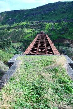 Yrmuk6 גשר אל הווה