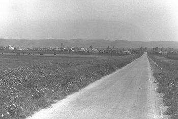 VIEW OF AFULA IN THE JEZREEL VALLEY. עפולה בעמק יזרעאל.D25-018 (1)