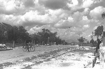 THE MAIN STREET IN METULA. הרחוב הראשי במטולה.D29-032 (1)