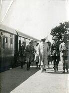 PikiWiki Israel 4530 Herbert Samuel at the train station in Lod