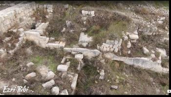הגומחאות בציום למטה במרכ - קברי המלכים עמרי טאחאב