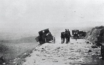 כביש מעמק יזרעאל נצרת - רכב טורקי נטוש ממלחמת עולם הראשונה.-JNF034552 1917