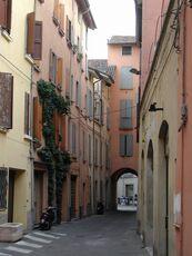 Reggio emilia via volta