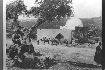 RACHEL'S TOMB BETWEEN JERUSALEM AND BETHLEHEM. קבר רחל. 1 יולי 1900