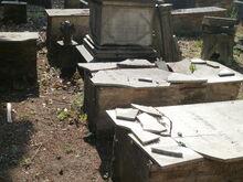 Cimiterio-ebraico-di-pisa-2015 18588969138 o