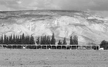 אמת המים בעמק הירדן.jpg