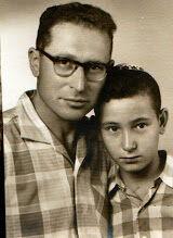 מוטי והאבא שלו יצחק קרצנר