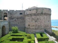 Castello Aragonese2