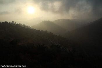 זריחה מעל הרי גופנא