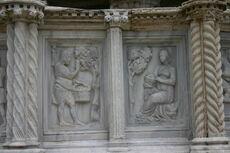Perugia - Fontana Maggiore - 1 - Mesi - 08 - Agosto - Foto G DallOrto 5 ago 2006
