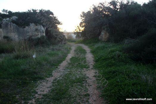שער בתוך רכס הכורכר בב אל מקטע
