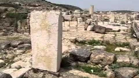 בית_הכנסת_העתיק_בכפר_היהודי_מֵרוֹת