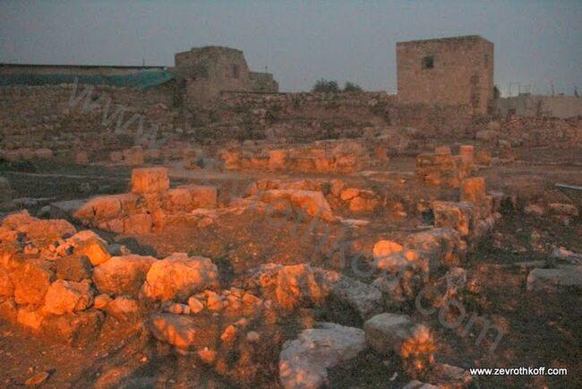 ארמון חלקיה מימי בית שני2