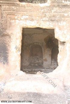 קברים מבית שני בחורבת כורכוש7777