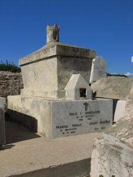 Tavolara King's grave