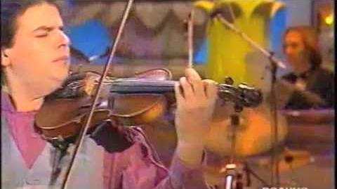 Nuova_Compagnia_di_Canto_Popolare_-_Pe'_dispietto_-_Sanremo_1992.m4v