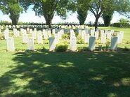 בית הקברות הצבאי ברוונה