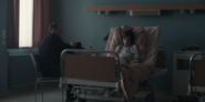 DARK 1x05 0031–Noah in Mikkel's ward