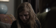 DARK 1x05 0010–Elisabeth sad