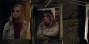 DARK 1x01 StringWall KatharinaNielsen