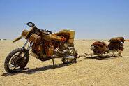 Fury-road-motorcycle-10