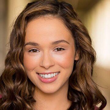 Charlotte Benesch Daybreak Wiki Fandom Zhang spillede rollen som sawyer i 2018 uafhængig spillefilm relish , som blev præsenteret i flere internationale filmfestivaler. charlotte benesch daybreak wiki fandom