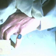 Stefano's ring hand.png