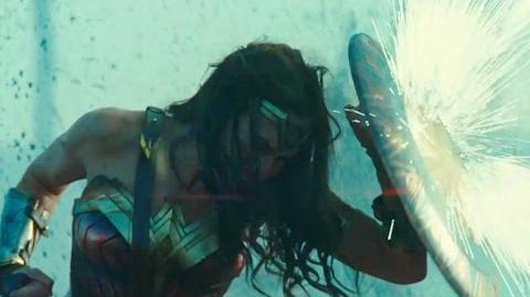 Mulher Maravilha (Wonder Woman, 2017) - Trailer Legendado Comic-Con