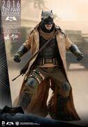 Hot Toys BvS Knightmare Batman