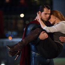 Superman carrying Lois Lane.jpg