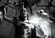 Hippolyta protects the Mother Box - ZSJL