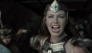 Hippolyta challenges Steppenwolf (ZSJL)