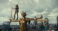 JL-Wonder Woman at Statue of Justice